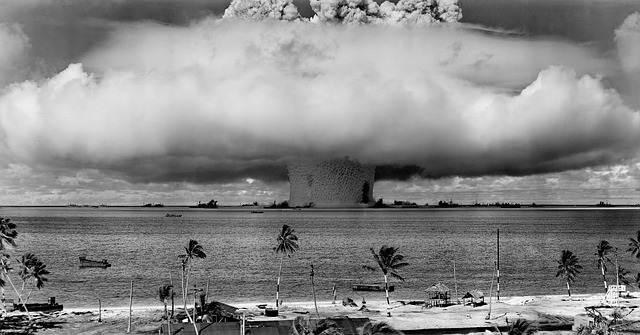 Nasib Maniak Menulis : Bom Klik di Awal Tahun