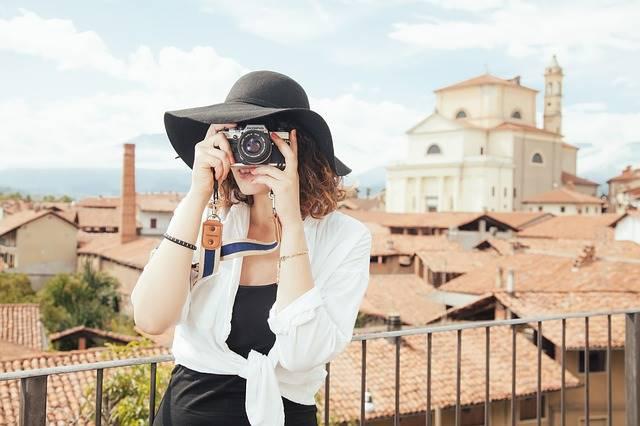 Perlukah Membeli Kamera Untuk Kegiatan Ngeblog Kita?